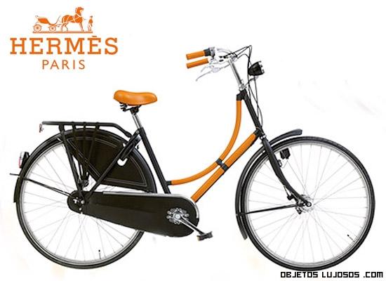 Bicicletas en color naranja