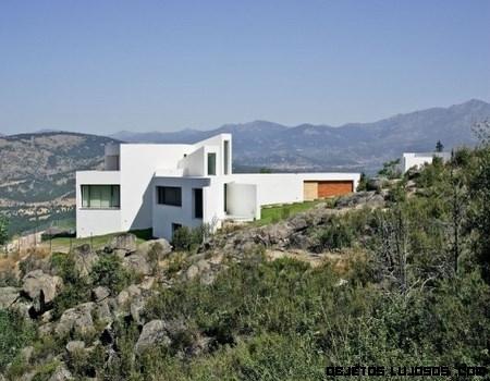 Casas minimalistas en blanco