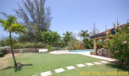 Casa-en-Jamaica-para-vacaciones-en-familia