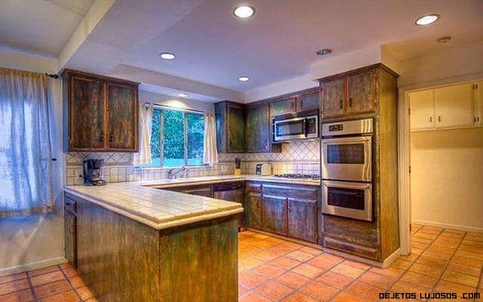 cocinas con muebles de efecto desgastado