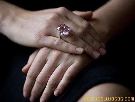 Diamante-enorme-gigante