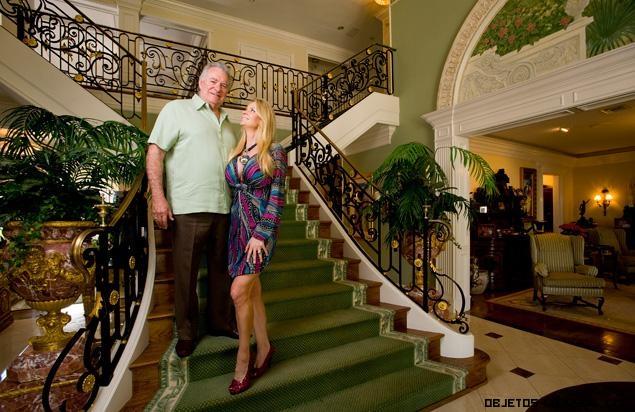 escaleras en mansiones de lujo