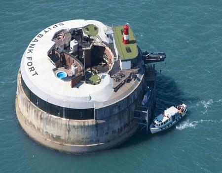 Hoteles en medio del mar
