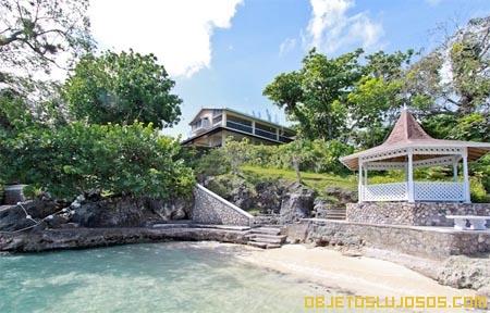 Glorieta-en-hermosas-playas-de-Jamaica