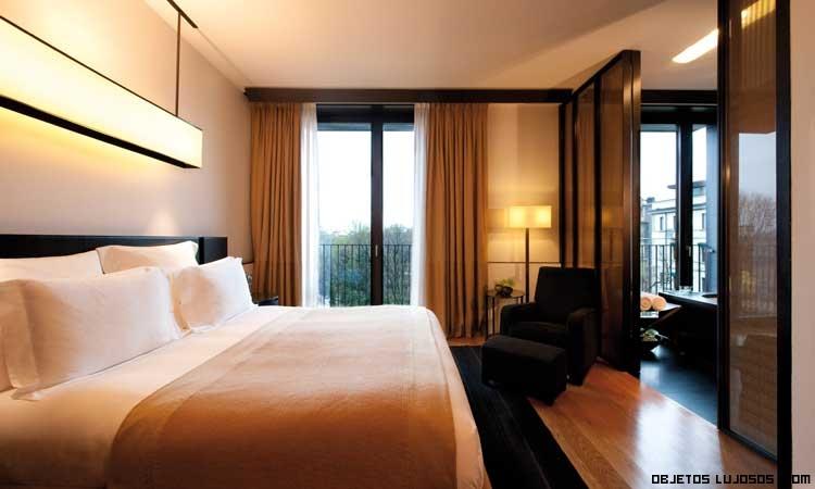 hoteles caros en Milán