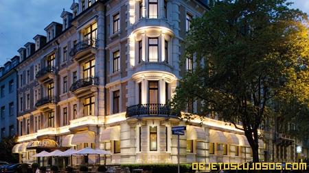 Hotel-de-alta-tecnologia-en-Suiza