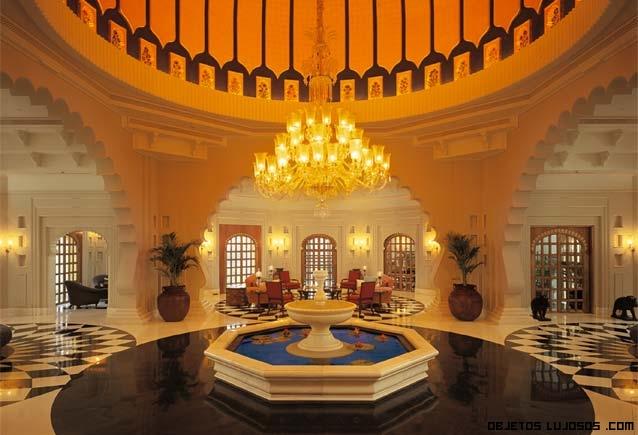 hall elegante de hotel de lujo