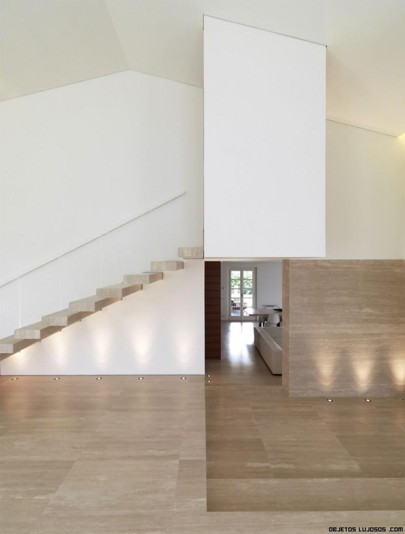 iluminación en casas de madera