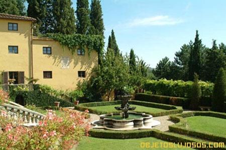 Jardines-en-villa-de-lujo-Italia