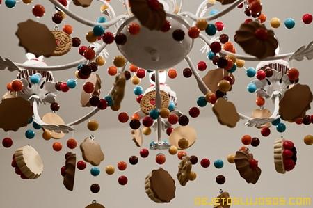 Lampara-de-techo-creativa-con-caramelos