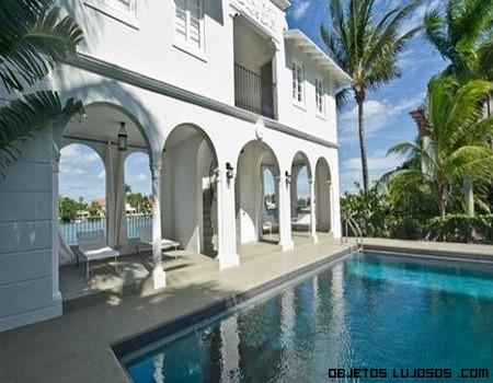 Mansiones con piscina delantera