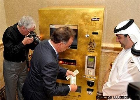 máquinas con lingotes de oro