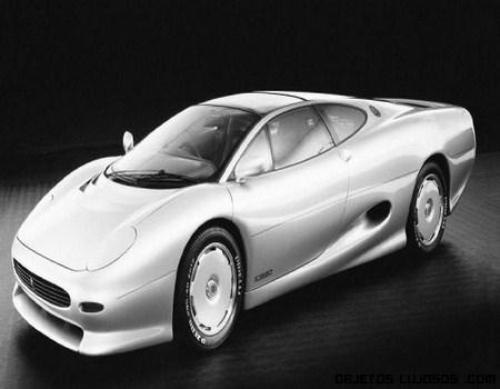 coche gris de lujo