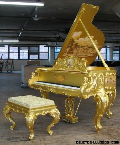 pianos de lujo a subasta
