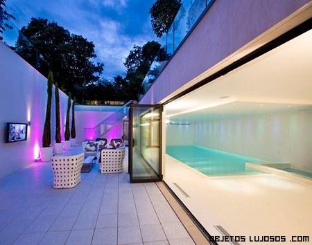 Piscinas de lujo en mansiones