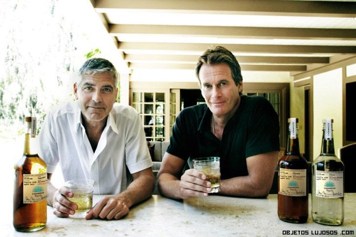 famosos bebiendo tequila