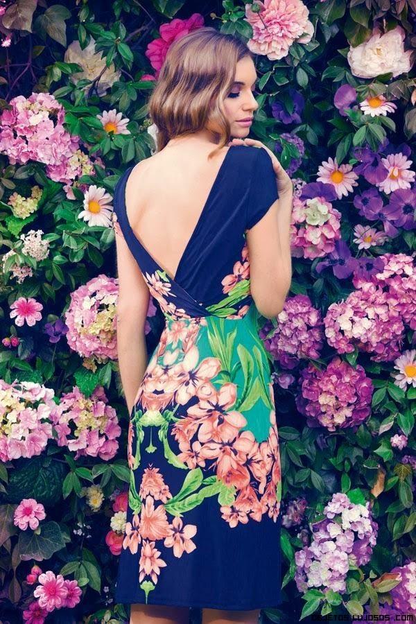 Vestidos entallados de flores