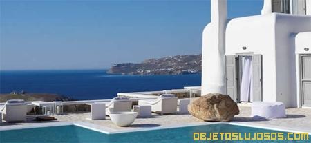 Villa-de-lujo-en-Grecia-con-piscina-infinita