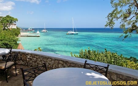 Villa-en-alquiler-frente-al-mar-del-caribe