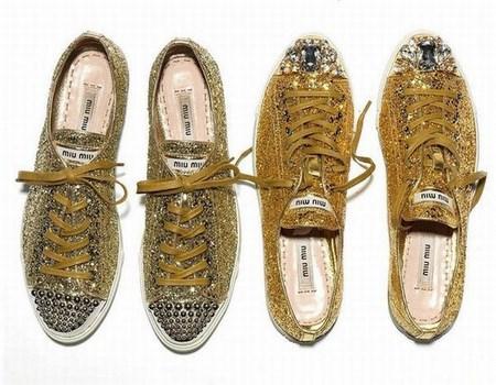 zapatillas doradas de lujo