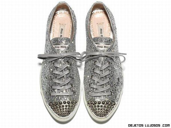 zapatillas con brillos lujosas