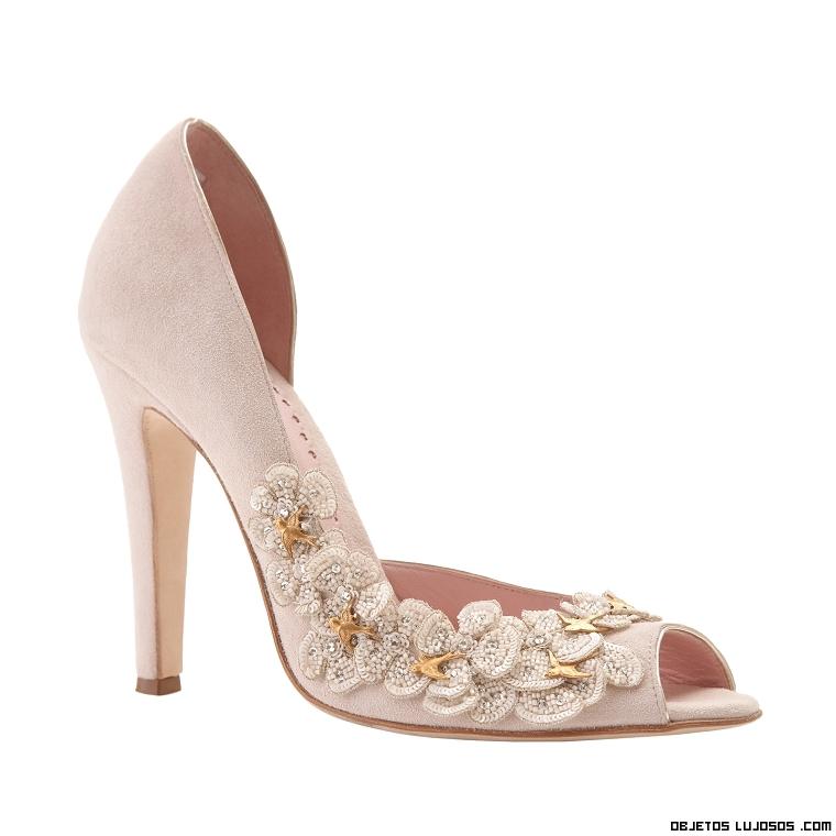 zapatos con flores joya