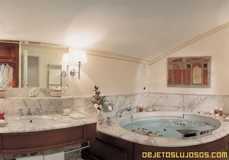 bano-hotel-de-lujo-costa-de-amalfi