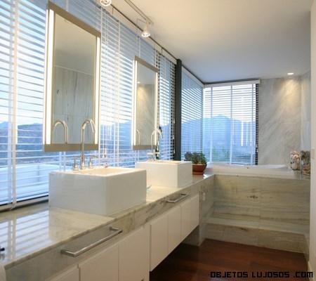 decoración en baños amplios