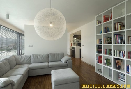 biblioteca-en-casa-de-lujo