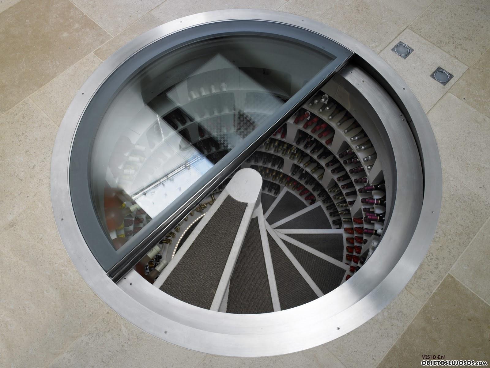 bodega de vinos bajo el salón