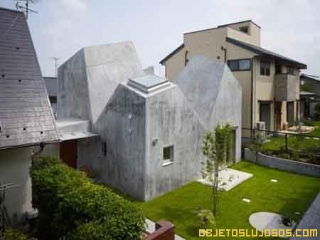 casa-con-ventanas-en-el-techo