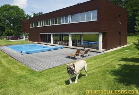 casa-geometrica-moderna-con-piscina