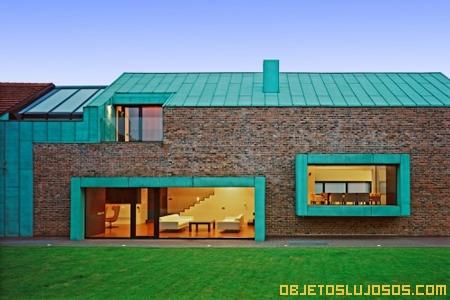 casa-que-fusiona-estilo-moderno-y-antiguo