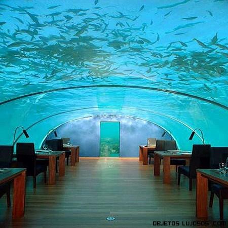 Poseidón primer hotel de lujo en las profundidades