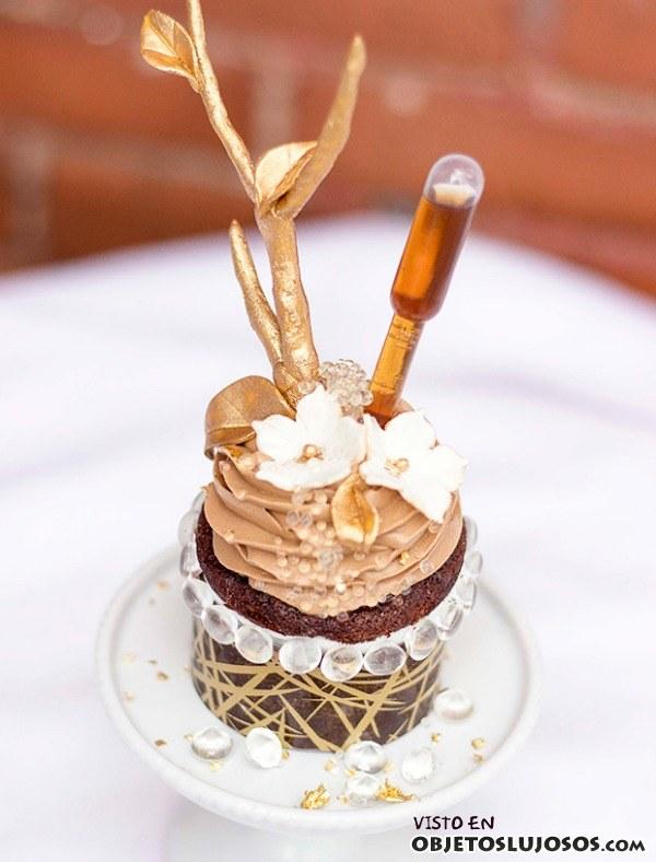 cupcake con ingredientes de lujo