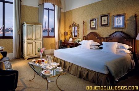 dormitorio-de-lujo-venecia