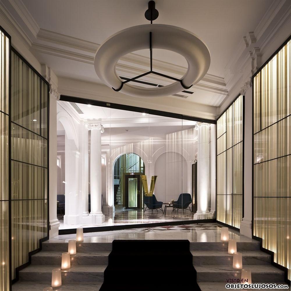 Entrada hotel Velnet París
