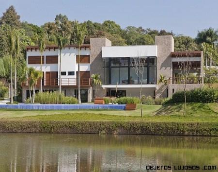 Mansiones de lujo en lagos
