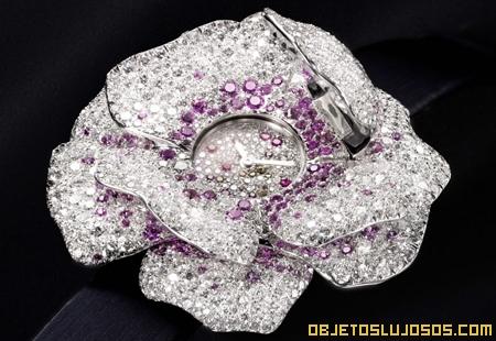 reloj-de-lujo-hecho-diamantes
