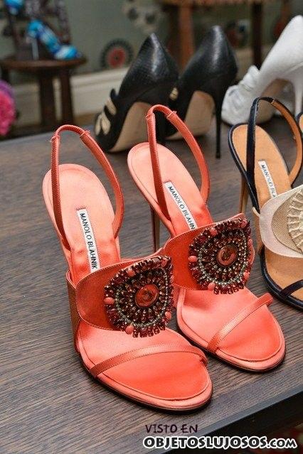 sandalia de pedrería Manolo Blahnik