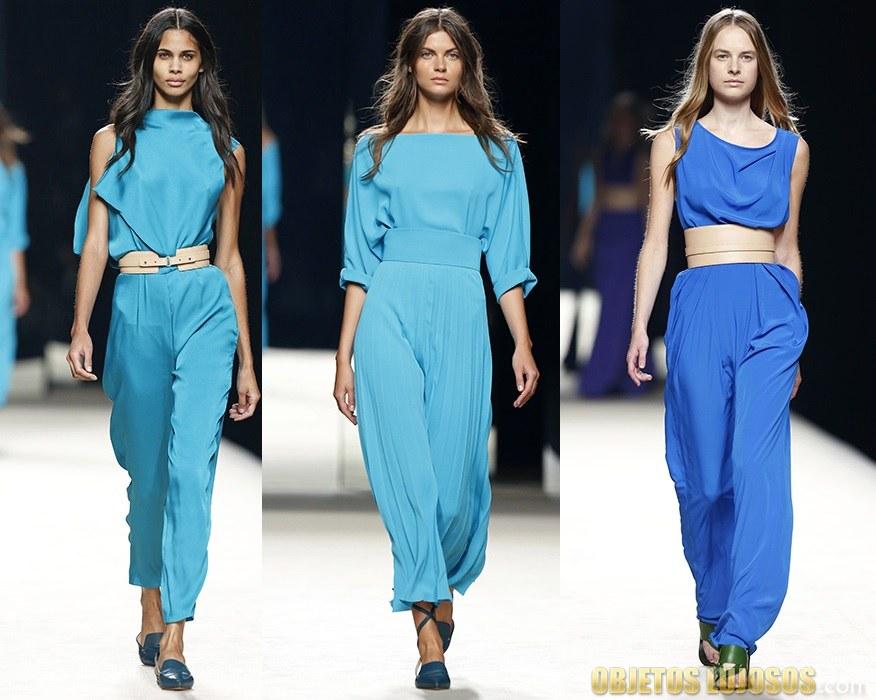 trajes en color azul de juanjo oliva