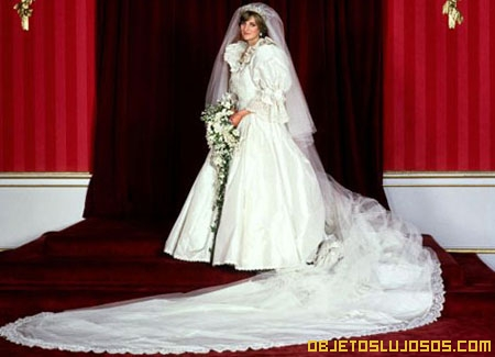 vestido de novia de la princesa diana | objetos lujosos
