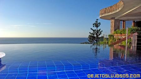 villas-de-lujo-en-asia-con-piscina-infinita