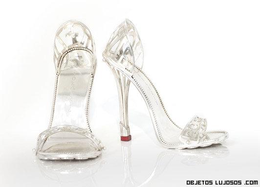zapatos de platino lujosos