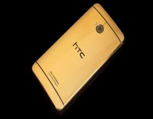 Teléfono HTC en oro