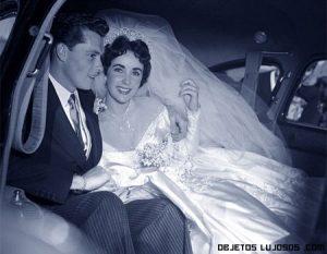 Se subasta el vestido de novia de Liz Taylor