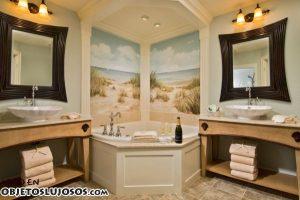 Tres ejemplos de baños lujosos