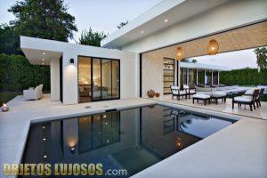 Rancho Mirage y su gran piscina exterior